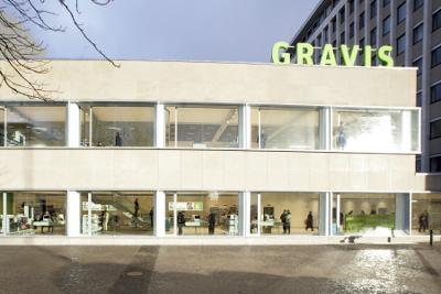 Gravis am Ernst-Reuter-Platz in Charlottenburg - Pressefoto: Gravis