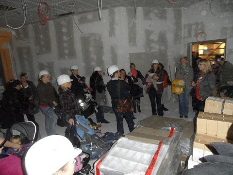 """KLAX Kita """"Karlsson auf dem Dach"""": Baustellenbesichtigung am 21.11.2012 -2"""
