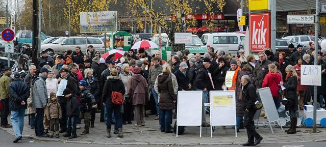 Kundgebung gegen Bahnlärm am 10. November 2012 in Berlin-Buch