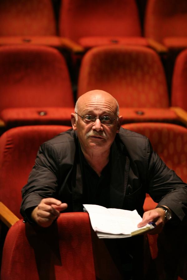 Prof. Peter Kleiner im bat-studiotheater  Foto: hfs-berlin.de