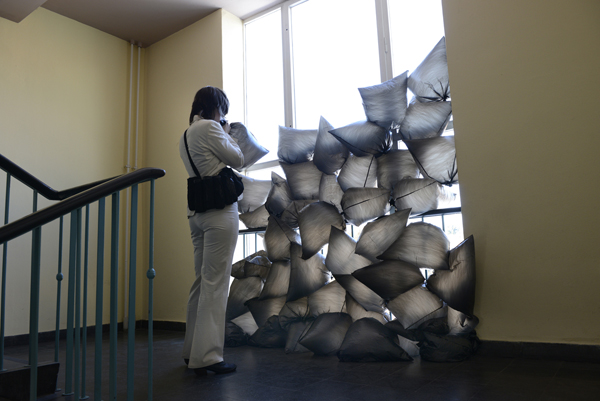 Kunstinstallation im Treppenhaus