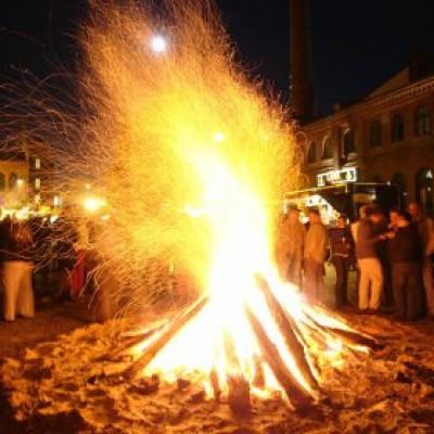 Osterfeuer in der Kulturbrauerei