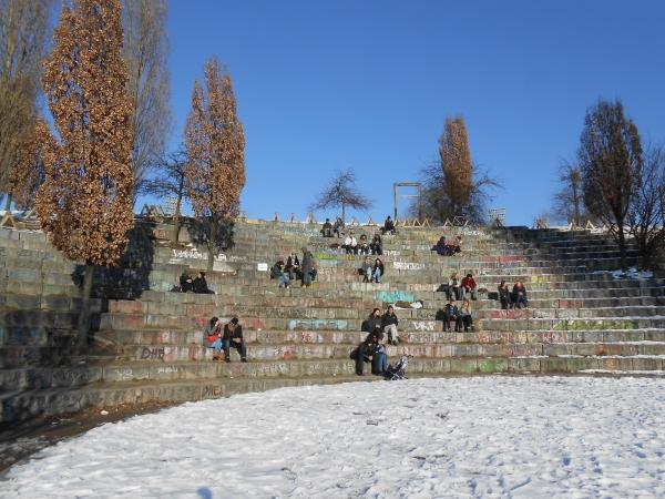 Warten auf den Frühling im Mauerpark am 17.3.2013