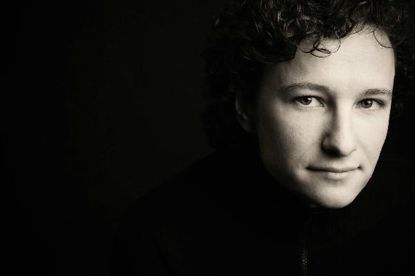 Martin Helmchen - Foto: Marco Borggreve