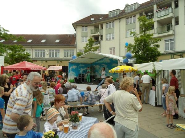 Stadtteilfest auf der Piazza in Karow am 15.6.2013 - Foto m/s