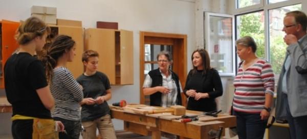 Politik besucht Baufachfrau e.V. am 15.7.2013