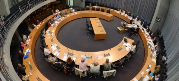 Bundeswahlausschuss Foto: Credit: Der Bundeswahlleiter / Eventbild-Servcie / Rainer Jensen