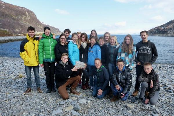 Gruppenbild am Meer - Foto: Anna Geisler