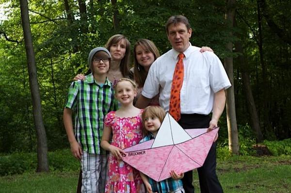 Emily mit Familie