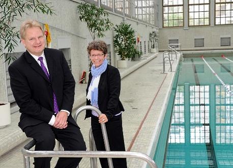 Ole Bested Hensing und Annette Siering  - Foto: Berliner Bäderbetriebe
