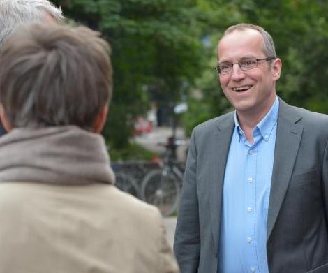 Andreas Otto MdA im Gespräch mit Pankower Bürgerin