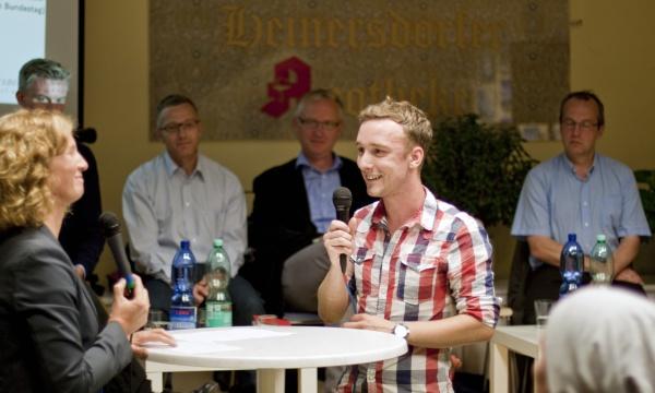Kandidatencheck 2013: Der jüngste in der Runde im Interview: Linus Vollmar (FDP)