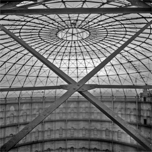 Blick in die Innenkuppel des Gasometer - Foto: Gerd Danigel 1982