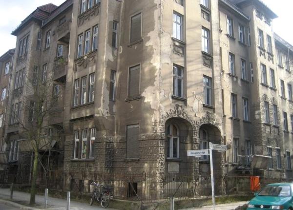 GESOBAU : Eckhaus Kavalierstr. /Wolfshagener Str.