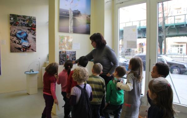 Klax-Kinderkunstgalerie: Führung mit Anette Muhrbeck