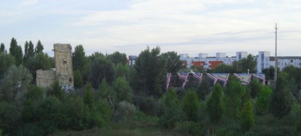 Mauerpark mit Kletterwand am Nordkreuz