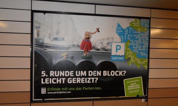 Plakatwerbung für die Park2gether-App