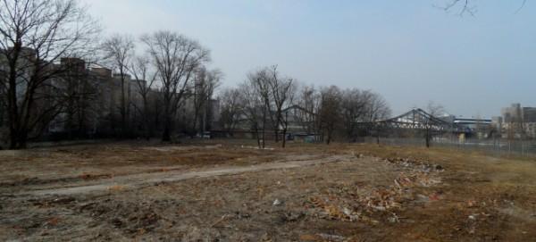 Mauerparknordfläche mit Swinemünder Brücke
