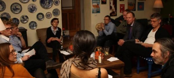 Pub Talk im Eetcafé Linda Carell