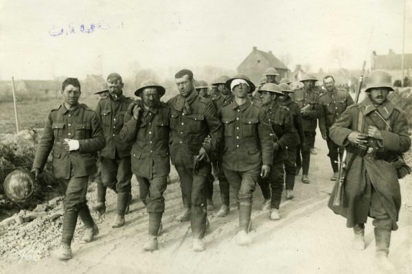 Kriegsgefangene englische Soldaten 1917/1918