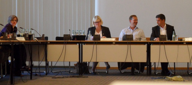 Dialog: Berliner Abgeordnetenhaus am 12.6.2014