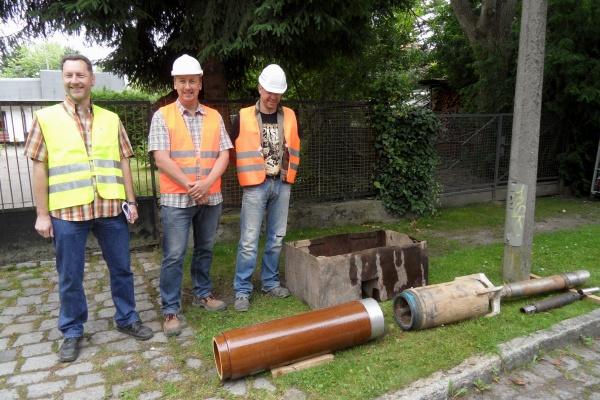 Rohrvortrieb: Bohrkopf und Kanalrohr