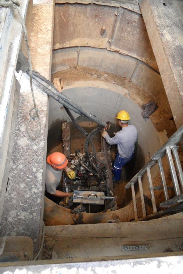 Kanalrohr-Vortrieb im Schacht