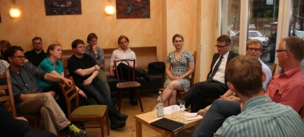 "Pub Talk am 11.6.2014 im ""en passant"""