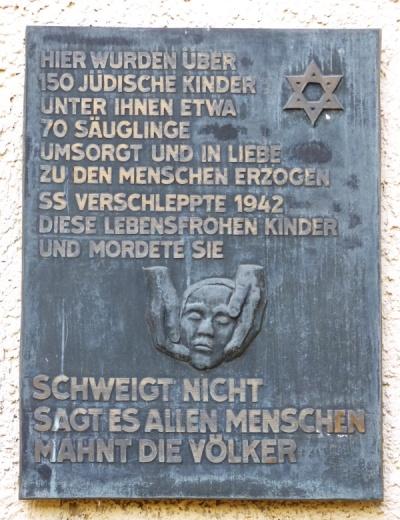 Gedenktafel am ehem. jüdischen Säuglings- und Kinderheim