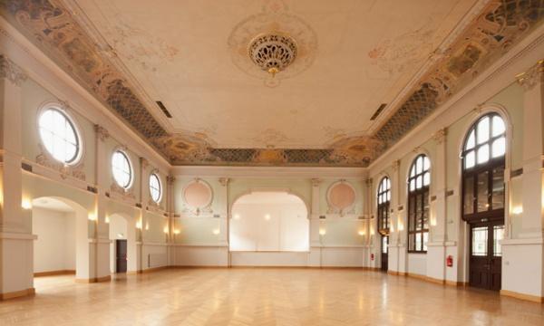 Ballsaal im Ballhaus Pankow