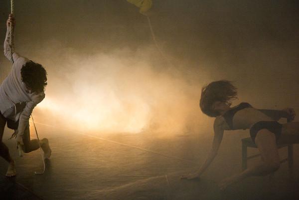 Blinde Date - cie toula limnaios - © cyan
