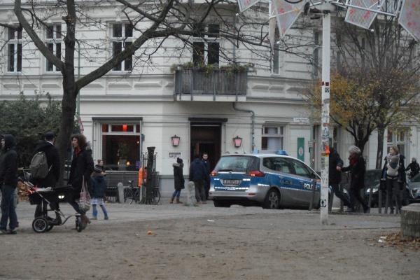 Helmholtzplatz: Polizeieinsatz 4.12.2014