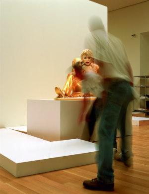 Louise Lawler, Michael, 2001, Courtesy die Künstlerin, New York; Sprüth Magers, Berlin; Metro Pictures, New York