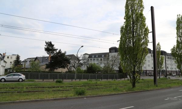 Französisch Buchholz: Filetgrundstücksecke mit EFH