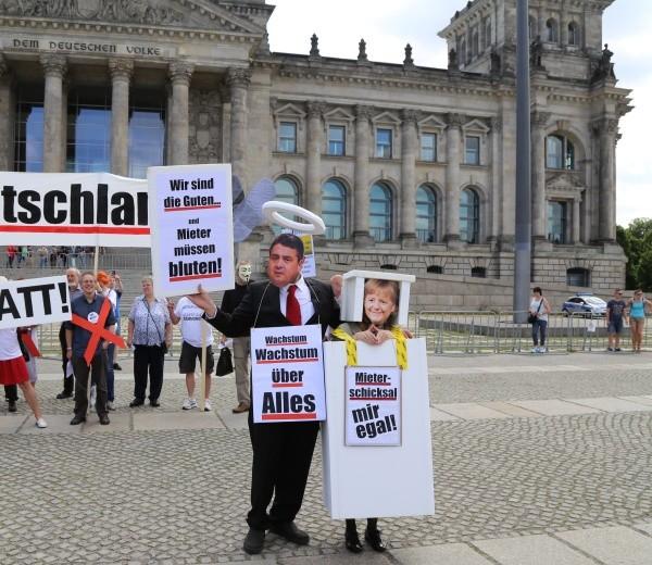 Mieterprotest vor dem  Reichstag am 30.6.06.2015