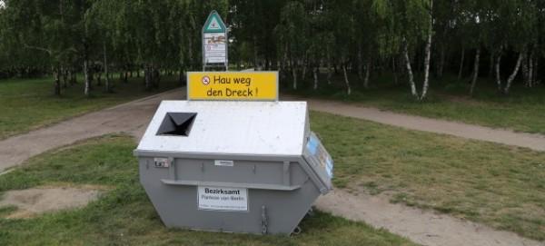 """Abfallbehälter mit """"Aufforderungscharakter"""""""