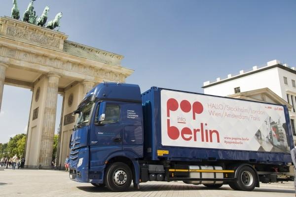 Der Pop-into-Berlin-LKW sammelt die Berliner Produkte ein und geht auf Europa-Tournee - Foto: © visitBerlin, Dirk Mathesius