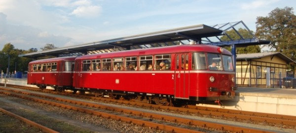 Schienenbus VT 95 in Basdorf