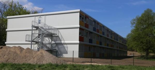 Container-Unterkunft für Flüchtlinge