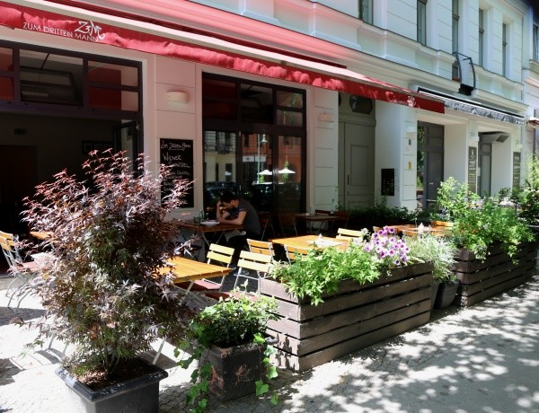 Schankvorgarten mit Flair