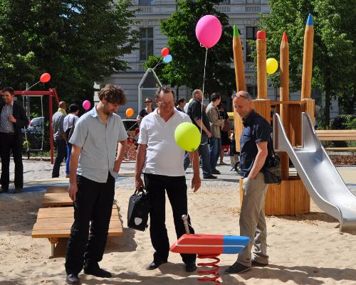 Einweihung des Spielplatzes Saarbrücker/ Ecke Straßburger Straße