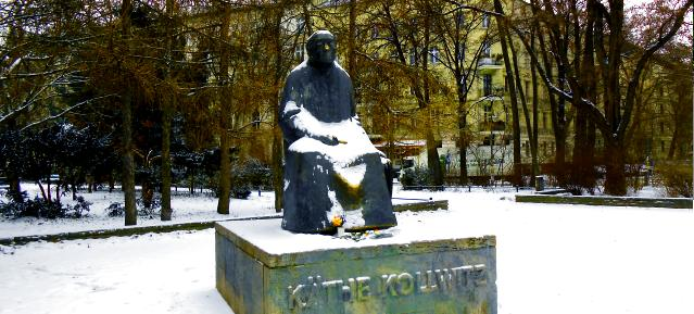 Käthe Kollwitz Denkmal im Januar 2013