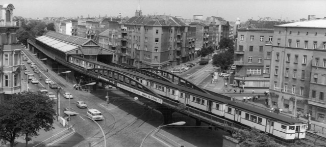 Hochbahn Eberswalder Strasse - Foto: Bundesarchiv