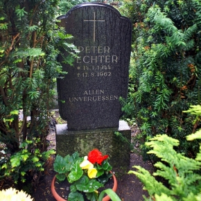 Gedenken an die Maueropfer: Peter Fechter - gest. am 17.9.1967