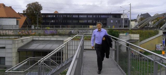 Kurt Krieger kommt ... Foto: Pankower Allgemeine Zeitung 5.9.2013