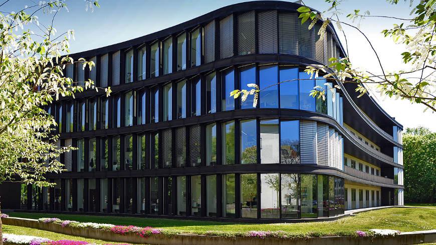 Timoféeff-Ressovsky-Haus (Architekt Volker Staab) Foto: Peter Himsel, BBB GmbH