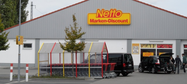 Netto Parkplatz in Karow