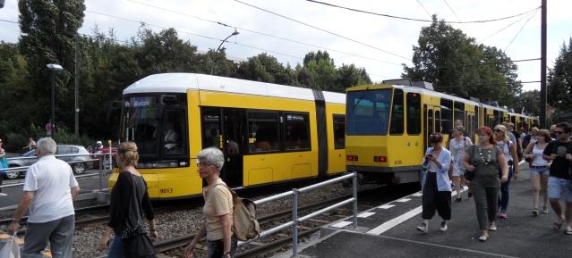 Tramhaltestelle Greifswalder Straße
