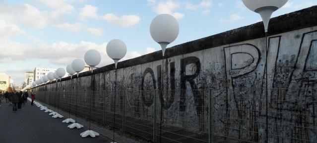 25 Jahre Mauerfall - Lichtinstallation