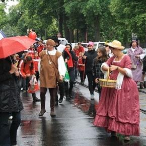 Historischer Umzug zum Rosenthaler Herbst